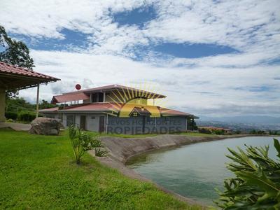 Quinta Lujosa, Nueva, Super Tranquilo Con Vista Espectacular