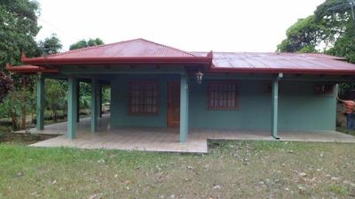 Casa Con Lote De 4200 Mtrs